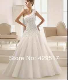 Romantic  One-Shoulder  Ball Gown  White   Plus size  Bandage  Bridal gown  vestido  Organza  Wedding Gowns   $159.00