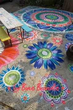 Concrete floor painted with colorful flowers and mandalas. Great idea to beautify … – Room Decoration Floor Colors, House Colors, Flower Mandala, Mandala Art, Decorative Solar Lights, Web Paint, Porch Paint, Painted Concrete Floors, Garden Floor