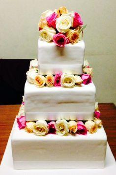 Square 3 tiers Cake