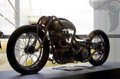 a5710981-200-steampunk-norton-boardtracker.jpg (640×427)