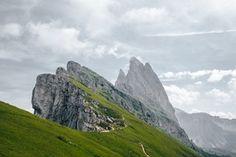 The most impressive mountain scenery I've ever seen (Seceda, Dolomites, Italy) [1600x1066][OC] : EarthPorn