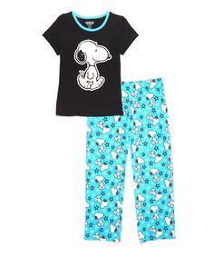 Peanuts by Charles Schulz Black & Blue Snoopy Pajama Set - Juniors Snoopy Pajamas, Pajama Set, Pajama Pants, Peanuts, Pjs, That Look, Cartoons, Classic, Comfy Clothes