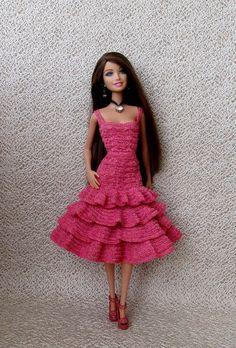 Svetlana Top Barbie Clothes Patterns, Crochet Barbie Clothes, Dress Patterns, Crochet Barbie Patterns, Crochet Dolls, Small Crochet Gifts, Barbie Dress, Crochet Fashion, Fashion Dolls