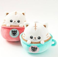 Kawaii plush toys **Other product from the Latte Kitten Coffee items! Sewing Stuffed Animals, Cute Stuffed Animals, Big Plush, Cute Plush, Party Set, Mode Shop, Cute Pillows, Kawaii Cute, Kawaii Smiley