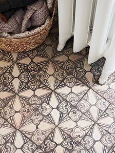 patterned tile