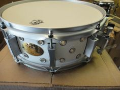 Pork PIE 16 PLY Maple Vented 14x5 Snare Drum White With Satin Nickle Hardware