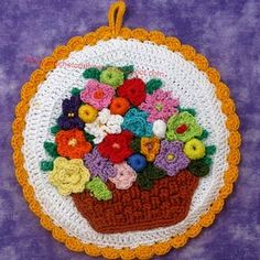 potholder ~ this looks more like a piece of art! love this mash up of flowers! Filet Crochet, Crochet Motif, Crochet Flowers, Knit Crochet, Vintage Potholders, Crochet Potholders, Crochet Squares, Crochet Kitchen, Crochet Home