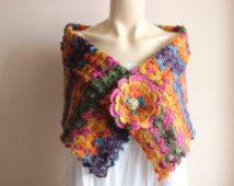 Crochet nuziale Cape / Wrap nozze Multicolor scrollata di spalle Bolero/mano Crochet Sparkle Mohair Sciarpa con strass oro spilla-pronto per la spedizione