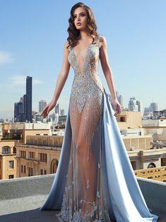 Stunning Dresses, Beautiful Gowns, Elegant Dresses, Pretty Dresses, Sexy Dresses, Fashion Dresses, Formal Dresses, Jw Moda, Golden Dress