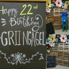 Chalkboard lettering (actually i used crayon) handmade board, diy decoration, rustic floral photobooth