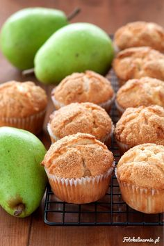 Pear and White Chocolate Muffins. Baby Food Recipes, Cookie Recipes, White Chocolate Muffins, Biscuits, Scottish Recipes, Polish Recipes, Polish Food, Food Cakes, No Bake Cake