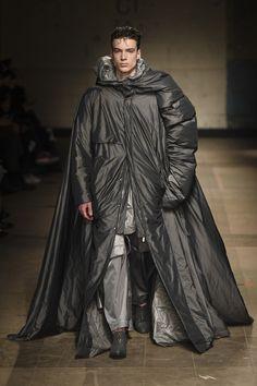 MAN Fall 2017 Menswear Fashion Show - Feng
