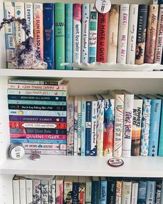 As far as I'm concerned you can never have to many books! I Love Books, Books To Read, My Books, Book Club Books, Book Nerd, Book Aesthetic, Book Fandoms, Book Nooks, Library Books