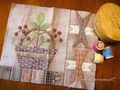 Yoko Saito Monthly Quilt 2010