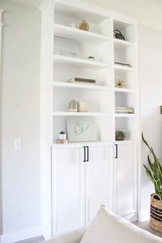Simple DIY Built Ins using Ikea's Billy Bookcases - create a custom look for your home using stock bookcases, cabinets, and a few supplies! Billy Regal Hack, Billy Ikea Hack, Ikea Billy Bookcase Hack, Ikea Shelves, Billy Bookcase Office, Billy Bookcase With Doors, Bookcase Door, Bookshelves Built In, Billy Bookcases
