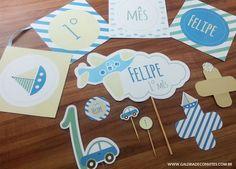 Kit festa personalizado para o mesversário do seu bebê. Tema transportes. Kit de mesversário para meninos. Itens prontos para personalizar sua festa.