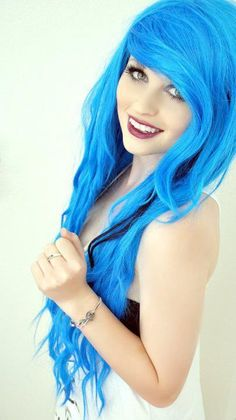 wish i had hair that long and colourful #blue #dye #bright