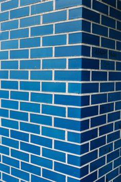 Painted Brick - love the bright blue Im Blue, Blue And White, Color Symbolism, Art Corner, Brick And Stone, Blue China, Pattern Wallpaper, Pink Wallpaper, Wallpaper Backgrounds