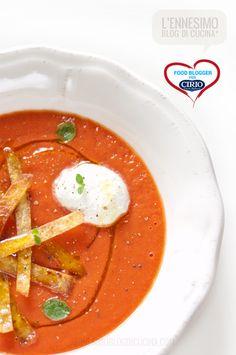Ricetta #Sopa de #tortillas @Anna Fracassi (www.lennesimoblog...) #cirio #passionefoodblogger #pomodoro #pomodori #tomato #PullUpAChair