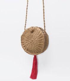 Straw Bag, Tassel, Bags, Fashion, Handbags, Moda, Fashion Styles, Taschen, Tassels