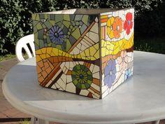 Maceta Mosaic Planters, Mosaic Vase, Mosaic Flower Pots, Mosaic Diy, Mosaic Garden, Mosaic Crafts, Mosaic Projects, Mosaic Rocks, Stone Mosaic