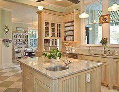 Savannah Mansions - Dixie Delights  floor and backsplash
