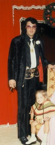 Daddy and Lisa - elvis-aaron-presley-and-lisa-marie-presley Photo