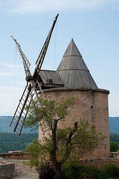 Windmill of Saint-Saturnin-les-APT ~ Vaucluse, Provence, France♥ Provence France, Luberon Provence, Paris France, France 3, Places To Travel, Places To Visit, Old Windmills, Famous Castles, Beaux Villages