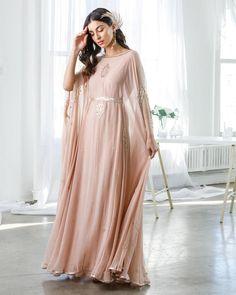 Designer Party Wear Dresses, Indian Designer Outfits, Indian Outfits, Designer Wear, Indian Clothes, Stylish Dresses For Girls, Nice Dresses, Girls Dresses, Formal Dresses