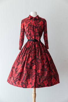 Vintage 1950s Dress 50s Red and Black Floral Print