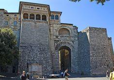 Etruscan gate Porta Augusta - Perugia 200 B.C.