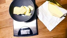 Recept: Malteser Kinder Bueno Cheesecake! - Fitaddict.nl Malteser, Lunch Room, Sweet Stuff, Deserts, Fit, Kinder Bueno Cheesecake, Shape, Dining Rooms, Postres