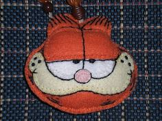 Molde de Broche Garfield Fieltro