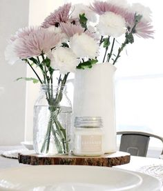 Lavender: A soothing blend with top notes of calming lavender and fresh ozone with soft touches of woody undertones. PC: Laura from The Blooming Nest Vintage Farmhouse Home Decor