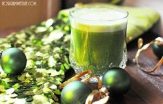 A Holiday Must: {Elf Juice} | Nosh and Nourish
