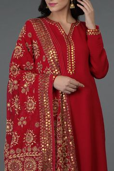 New looks released across everyday luxury, light occasion wear, special occasion wear and bridal collections. Pakistani Dresses, Indian Dresses, Indian Outfits, Pakistani Clothing, Phulkari Suit, Kurta Neck Design, Indian Designer Suits, Hippy Chic, Kurta Designs Women