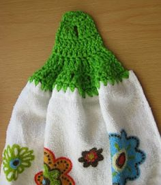 Crochet and Other Stuff: Free pattern and stitch tutorial - No-sew Crocheted Towel Topper