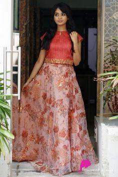 Edge: Skirts & Dresses - House of Ayana Simple Kurta Designs, Crop Top Designs, New Blouse Designs, Half Saree Lehenga, Saree Dress, Floral Lehenga, Indian Skirt, Dress Indian Style, Western Wear Dresses