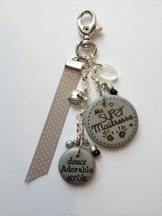 """Small accessory original and """"handmade"""" Silver stainless, small Ribbon The large polymer clay round diameter and the small 2 cm in diameter Height approx 9 cm total Pottery, Purses, Personalized Items, Gifts, Charms, Pasta, Key, Ideas, Key Chains"""
