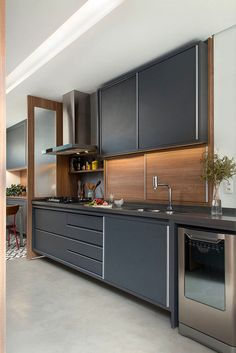 Kitchen Trends 2019 – 30 Best Amazing Kitchen Design Trends And Ideas - Page 24 of 30 - eeasyknitting. Grey Kitchen Designs, Kitchen Room Design, Modern Kitchen Design, Home Decor Kitchen, Interior Design Kitchen, Kitchen Furniture, Cuisines Design, Cool Kitchens, Sweet Home