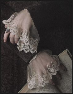 Elizabethan style sheer ivory lace cuffs from Victorian Trading Co. Yennefer Of Vengerberg, Lace Cuffs, Linens And Lace, Costume Accessories, Fashion Accessories, Fashion Details, Henna, Delicate, Helmet