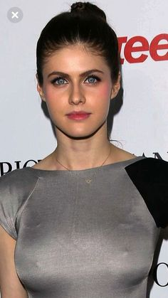 Alexandra Daddario ™ alwaraky