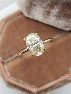 Vintage Style Engagement Rings, Elegant Engagement Rings, Vintage Style Rings, Halo Diamond Engagement Ring, Solitaire Diamond, Thin Diamond Band, Types Of Wedding Rings, Dream Wedding, Wedding Stuff