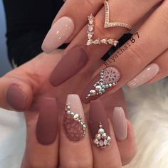Diamond Nails: 30 Nail Designs with Diamonds Diamond Nails: 30 Nail Designs with DiamondsDiamond Nails: 30 Nail Designs with Beautiful Diamond Nail Art DesignsDiamonds ar Mauve Nail Polish, Mauve Nails, Dark Nails, My Nails, Nail Polishes, Nail Manicure, Shiny Nails, Gel Polish, Cute Easy Nail Designs