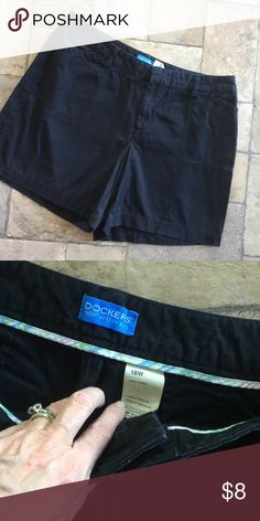 Dockers Shorts Sz 18 W Nice condition,Sz 18W.Black cotton. Dockers Shorts