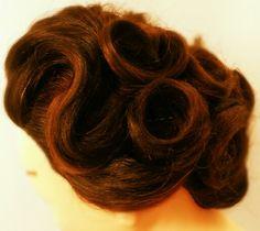 Vintage updo 1940s hair pincurls Asthecurlyurns.com Facebook.com/victoryroll Doordye-sj.com