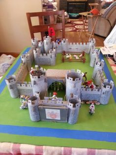 History Projects, School Projects, Projects For Kids, Diy Projects, Project Ideas, Cardboard Castle, Cardboard Toys, Fun Crafts, Diy And Crafts