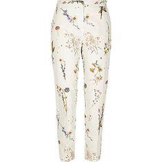 Janay Brazier: Get in my Wardrobe: Floral Prints {River Island}