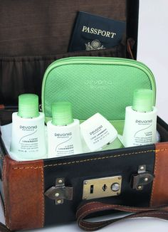 Sensitive Skin Travel Pack  Contains: 50ml Cleanser, 50 ml Lotion & 15ml Sensitive Cream, All in a handy travel size bag.   €53.50