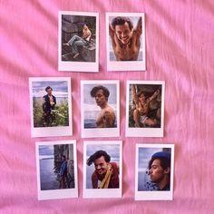 Harry Styles Polaroids Set of 8 mini vintage style Polaroid Display, Polaroid Wall, Polaroids, Harry Styles Merch, Harry Styles Photos, Hipster Bedroom Decor, Vintage Prints, Vintage Style, Celebrities Reading